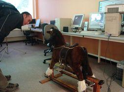 Simulátor jazdy na koni